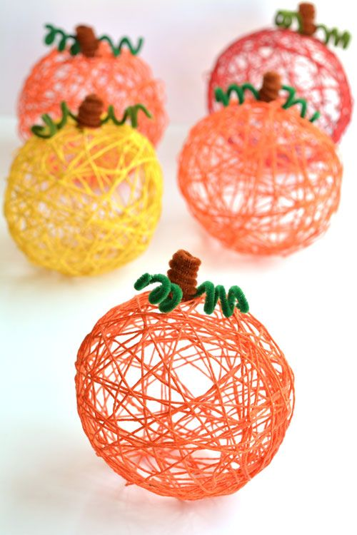Citrouilles decoratives en fil