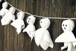 Modele guirlande de fantomes en papier ou tissu